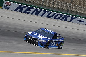 NASCAR Cup Race report Martin Truex Jr. sweeps the first two stages at Kentucky