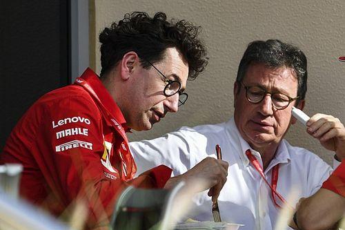 A Ferrari padlógázzal fejleszt, a vezérigazgató csak Leclerc-rel elégedett
