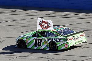 OPINIÃO: Vitória 200 de Kyle Busch obriga a análises entre eras na NASCAR