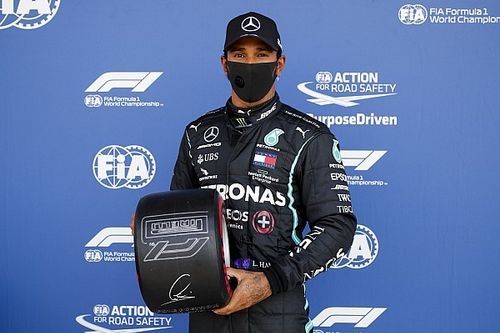 Hamilton alcanza un nuevo récord con su pole en Silverstone