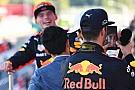 A Red Bull 2020-ig megtartaná a versenyzőit a Forma-1-ben