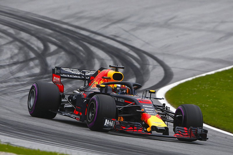 """Ricciardo teleurgesteld: """"Het had eerlijker kunnen worden aangepakt"""""""