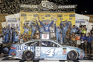Monster Energy NASCAR Cup Yarış raporu NASCAR: Kansas'ta zafer Harvick'in