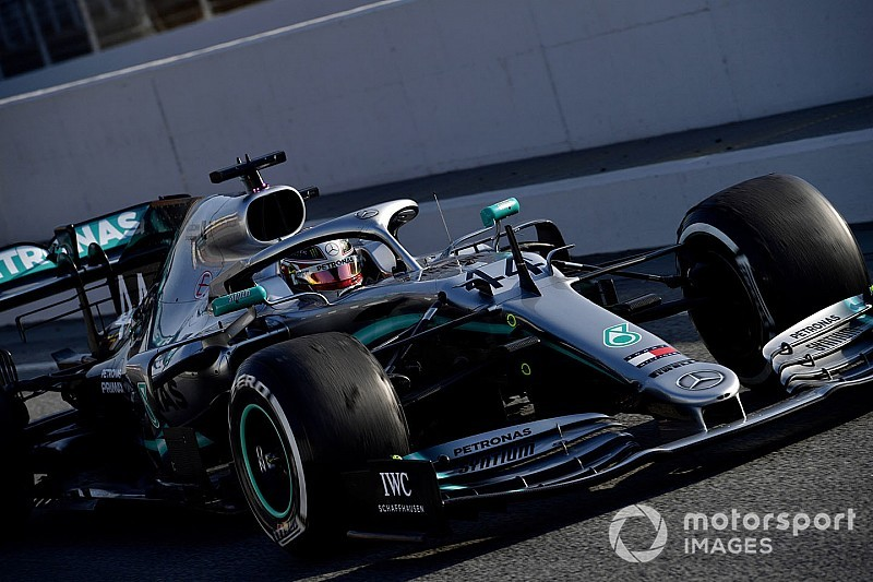 "Hamilton boosted by ""one of the most positive days"" for Mercedes"
