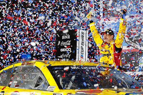NASCAR: McDowell escapa de grande acidente na volta final para vencer Daytona 500