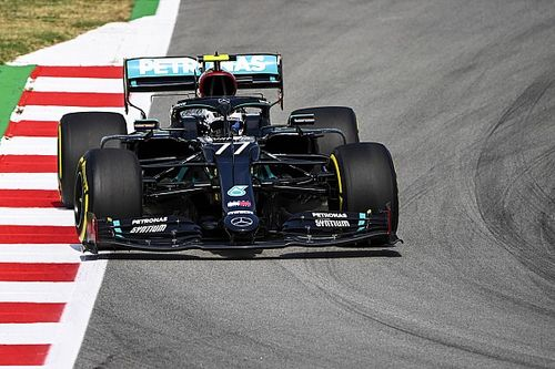 F1スペインFP1:リベンジに燃えるメルセデスがワンツー発進。フェルスタッペンが続く