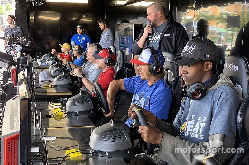 Register now for the NASCAR Heat Pro League