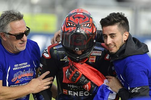 """Quartararo na winnen MotoGP-titel: """"Dacht aan alle moeilijke momenten"""""""