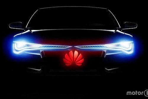"""Eltávolították a Huawei önvezető autókért felelős igazgatóját, miután azt mondta, hogy """"a Tesla embereket öl"""""""