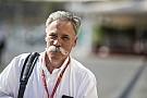 F1 Carey traza la meta para la F1: