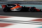 McLaren, Ferrari'nin eleştirisinin ardından motor kapağı ısrarını savundu