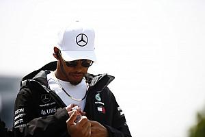 Forma-1 Motorsport.com hírek Hamilton szétesőben: a nagy lehetőség Vettel, és a Ferrari előtt