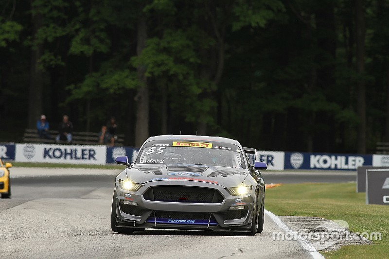 Watkins Glen PWC: Buford holds off James to win GTS race one