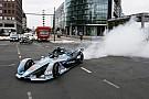 GALERI: Demonstrasi mobil baru Formula E