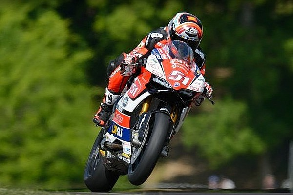 CIV Superbike Gara La cavalcata trionfale di Michele Pirro prosegue al Mugello