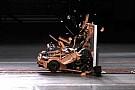 Auto Quand une Porsche en Lego passe au crash-test!