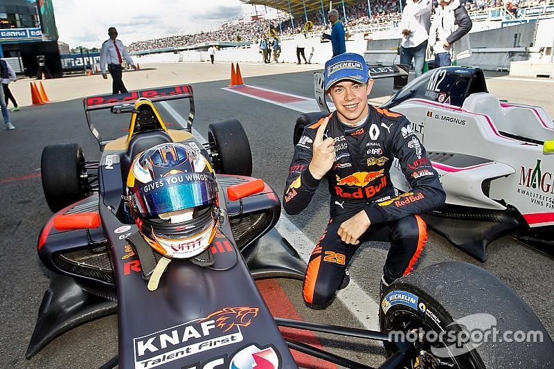 Verschoor in Assen naar eerste overwinning in Formule Renault 2.0