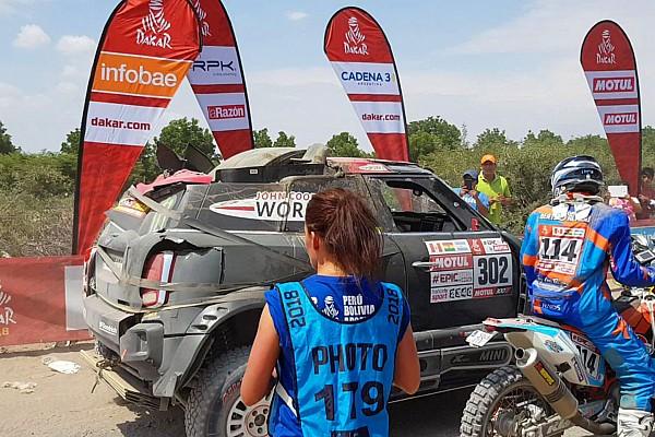 Рома перевернулся за километр до финиша этапа и выбыл из Ралли Дакар
