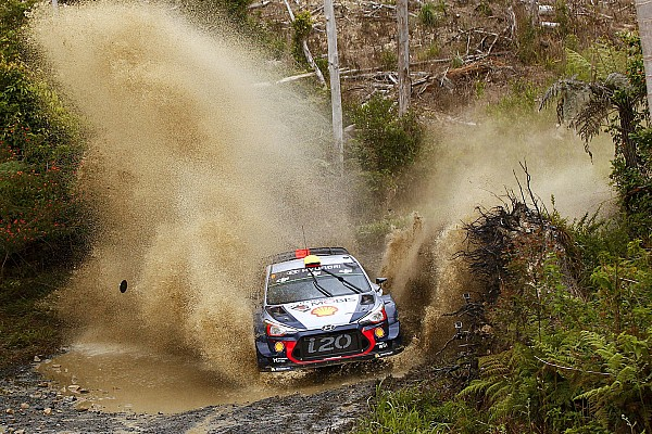 Hyundai domina el Rally de Australia tras el primer día