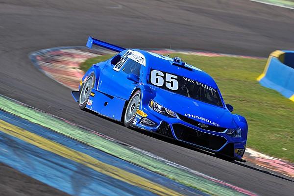 Stock Car Brasil Max Wilson voa e conquista pole em Cascavel