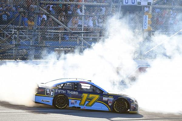NASCAR in Talladega: 1. Sieg für Ricky Stenhouse bei doppelter Flugeinlage