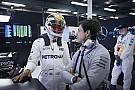 """Mercedes: renovação com Hamilton é """"questão de tempo"""""""