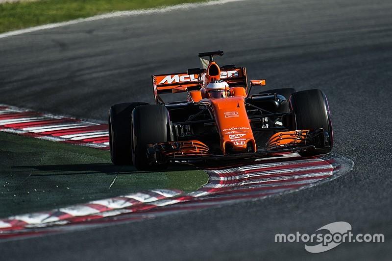 Булье назвал сообщения о проблемах шасси McLaren фейковыми новостями