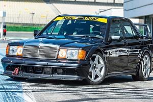 Autó BRÉKING Pályára viszi saját 190E Evo II modelljét a Mercedes