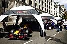 V8-as F1-motor tombolt az Alpokban