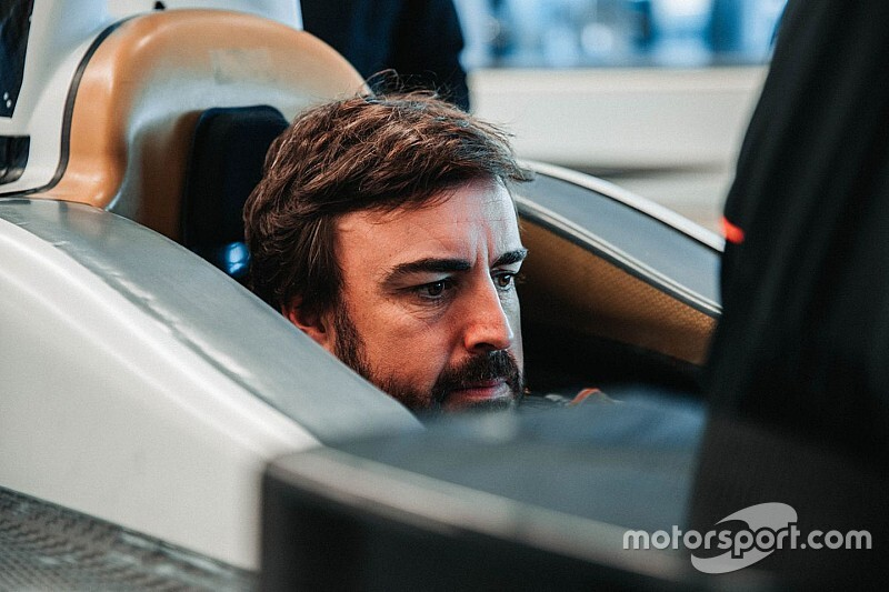 Alonso has McLaren seat fit ahead of Indy 500 return