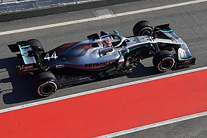 Hamilton: W10, 2018 aracına kıyasla farklı hissettiriyor
