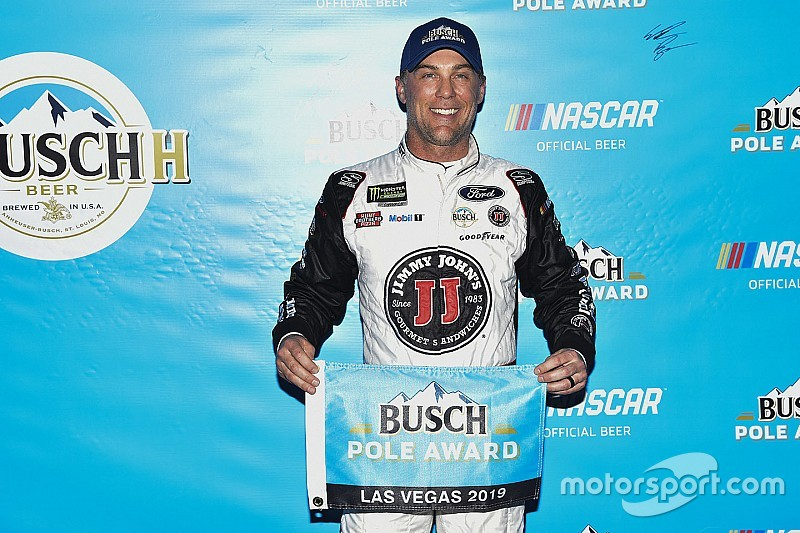 Kevin Harvick wins pole at Las Vegas in wild final round