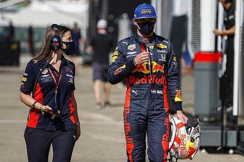 """Horner gaat in op clausule: """"Verstappen zeker bij Red Bull in 2021"""""""