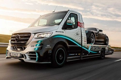 Coachbuilder launches special edition tow truck in Bottas livery