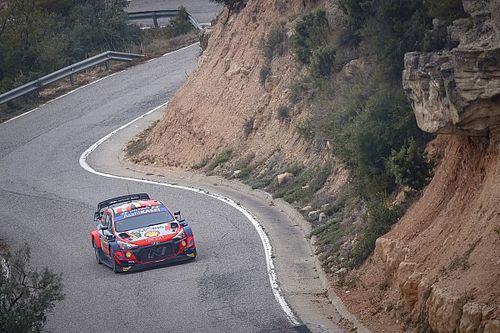 Spain WRC: Neuville pulls clear of Evans on Saturday morning