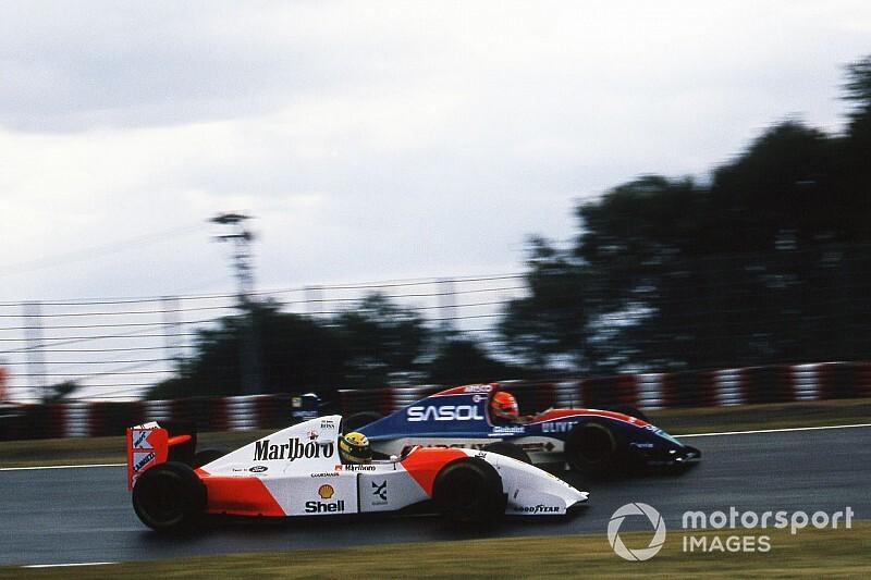 """Irvine lembra soco de Senna: """"tentou fazer parecer que era minha culpa"""""""