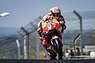 Marquez domina a Le Mans e scappa, sul podio Petrucci e Valentino