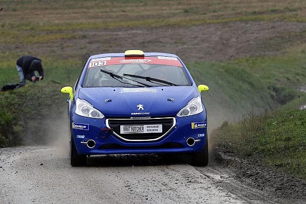Schweizer rallye Rennbericht Rallye Pays du Gier: Thomas Schmid gewinnt bei den Junioren