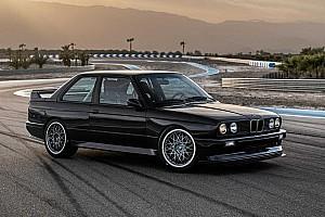 Une BMW M3 E30 Restomod crève l'écran