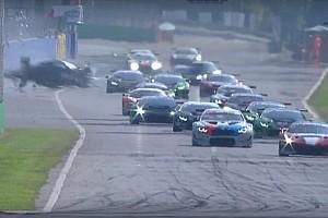 Відео: жахлива аварія в Італії після фінішу гонки