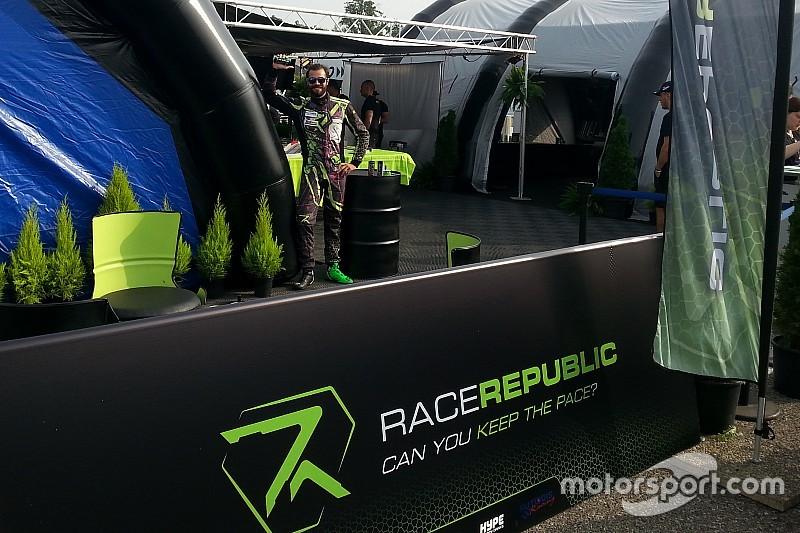 Stefano Comini e Race Republic, a Monza è spettacolo in pista e nel paddock