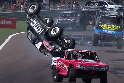 Wild Stadium Super Truck rollover in Darwin