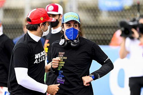 Alonso, también con la camiseta más reivindicativa (y necesaria)