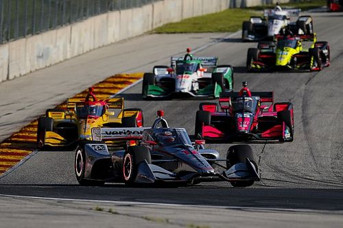 Power left frustrated by pitstop fumble and gear error