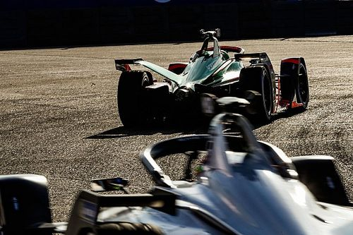 Why electric racing cars should be four-wheel drive