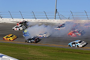 NASCAR Cup Noticias de última hora VIDEO: Big one en la tercera etapa de Daytona 500