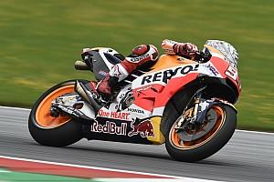 MotoGP Relato de classificação Márquez destoa e conquista pole na Áustria; Rossi é 7º