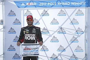 NASCAR Sprint Cup Crónica de Clasificación Suárez saldrá quinto en Dover con Truex desde la pole