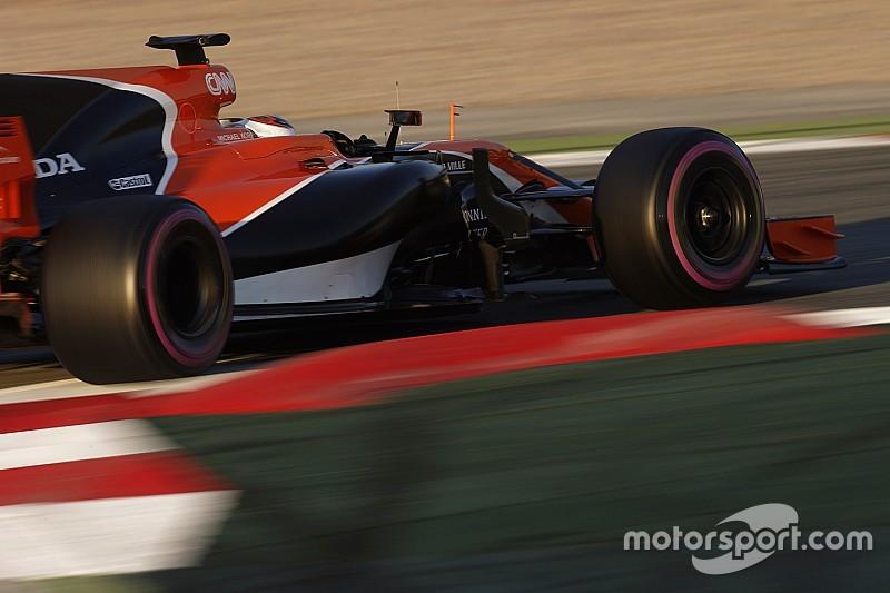 McLaren trata de sumar tiempo en pista con un 'filming day'