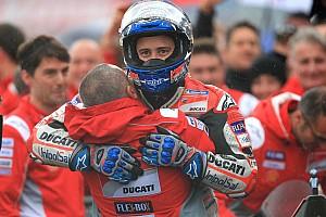 MotoGP Valencia: Heyecan dolu ve bol kazalı yarışı Dovizioso kazandı!